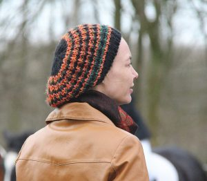 Woman_with_knitted_Hat